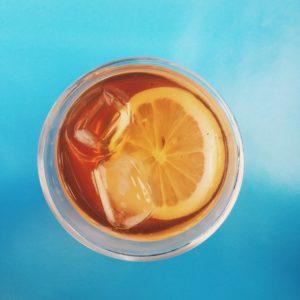 Glass of iced tea, Photo by Julia D'Alkmin on Unsplash