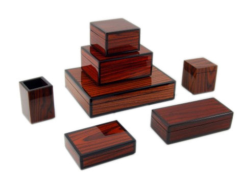 Rosewood Inlay with Brown Lacquer Square Box - Click Image to Close