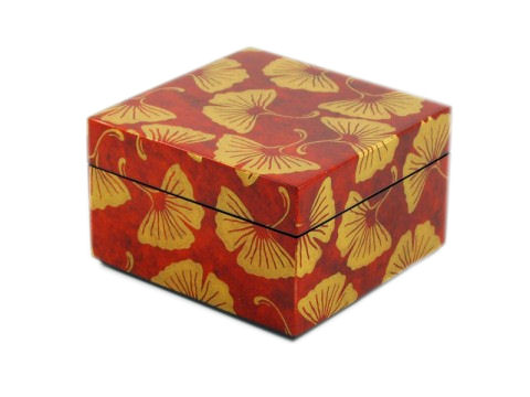 Inlay Box with Lid, Golden Gingko Inlay with Brown Lacquer