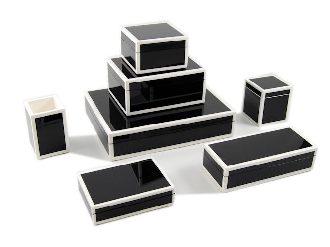 Black with White Trim Lacquer Brush Holder - Click Image to Close