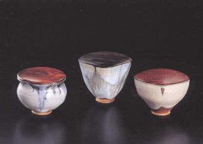 Black and White Cascading Glaze and Rice-straw Ash Glaze Tea Containers