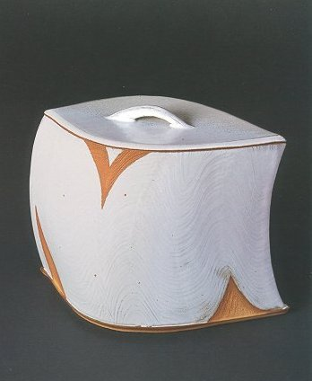 Rice-straw Ash Glaze Water Container with Wave pattern