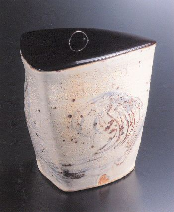 Painted Shino Three-sided Water Container